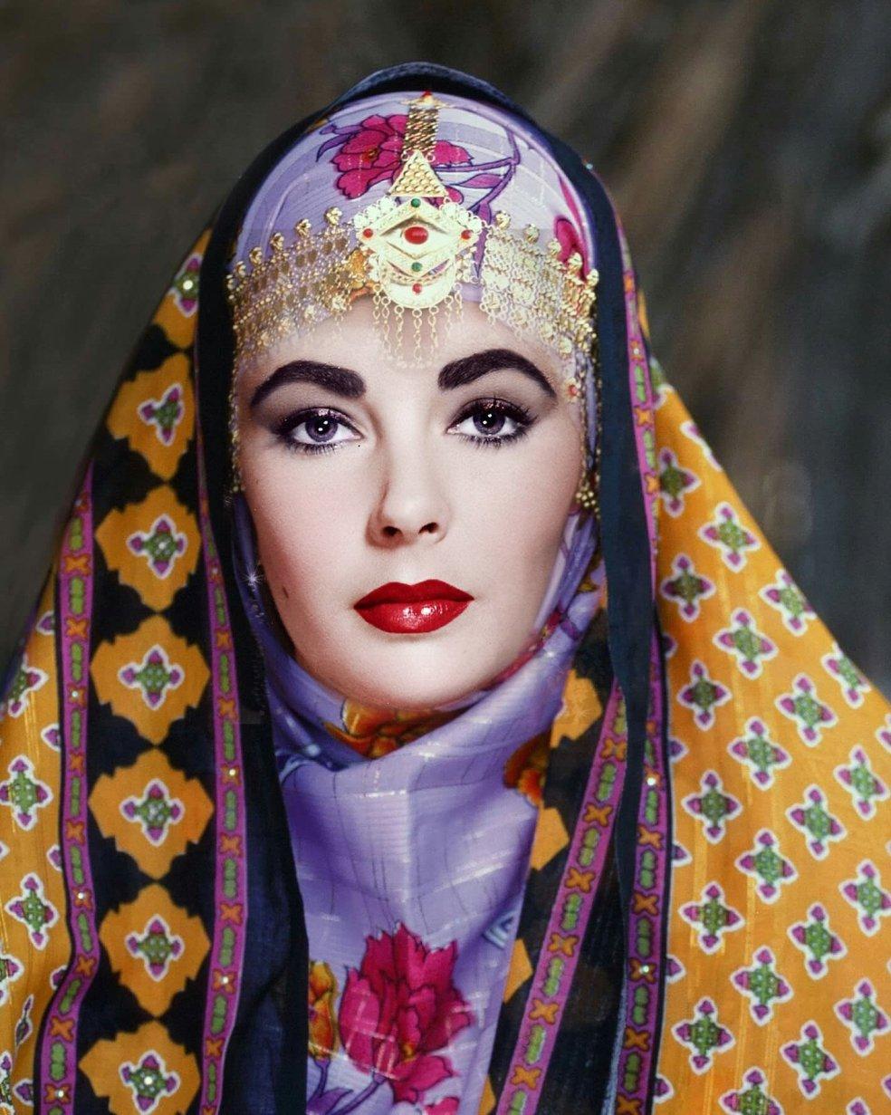Kostis Grivakis - Omani Elizabeth Taylor collage